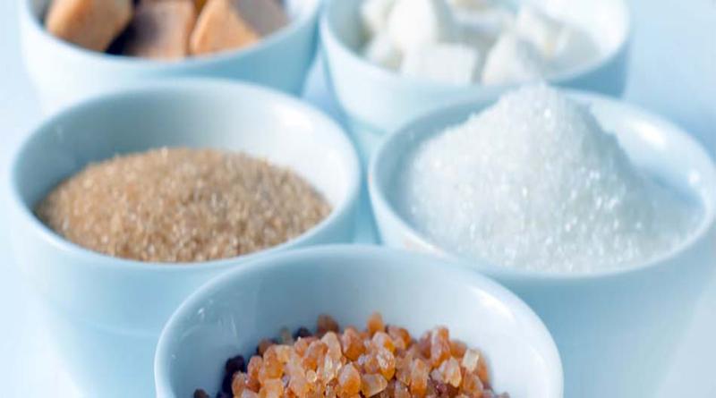 Joven mexicano produce un sustituto de azúcar a base del olote del maíz
