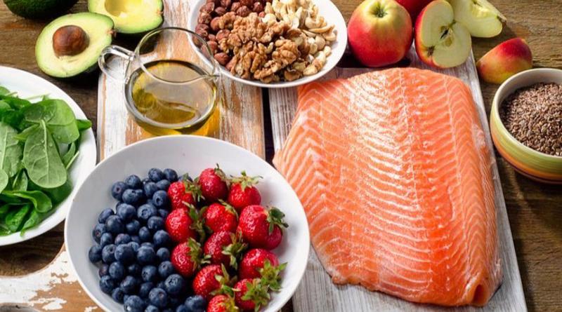 Comer alimentos saludables reduce el riesgo de cáncer, según un importante estudio